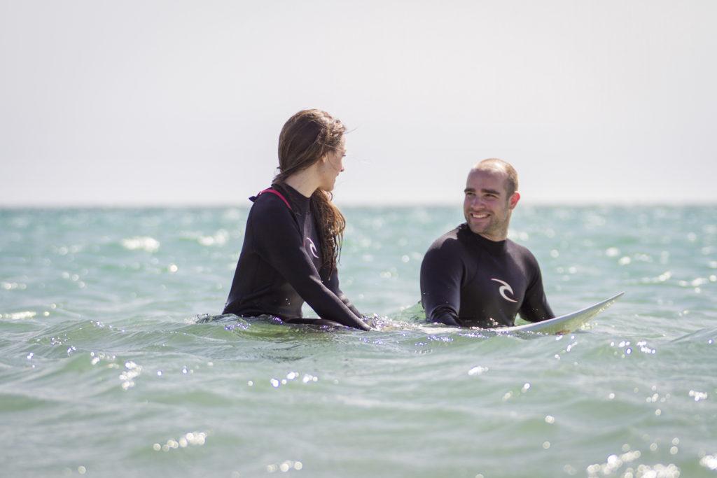 boda simón y eli christian surfers